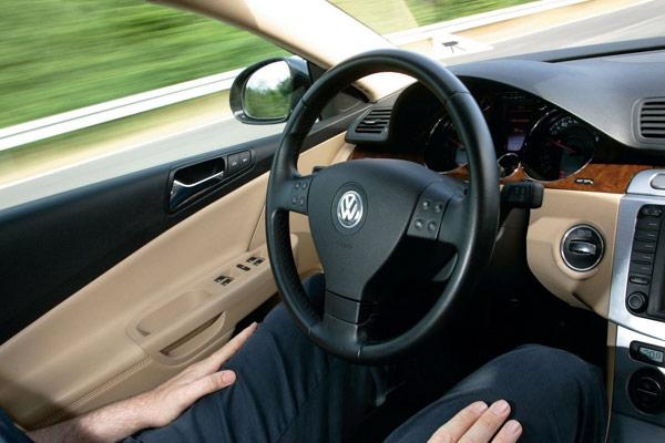062311 rg VWAutoPilot 01 Volkswagen développe un système de pilotage semi automatique