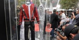 Michael Jackson : la veste de Thriller adjugée 1,8 million de dollars