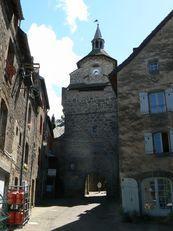 Besse en Chandesse l'historique (Puy-de-Dôme)