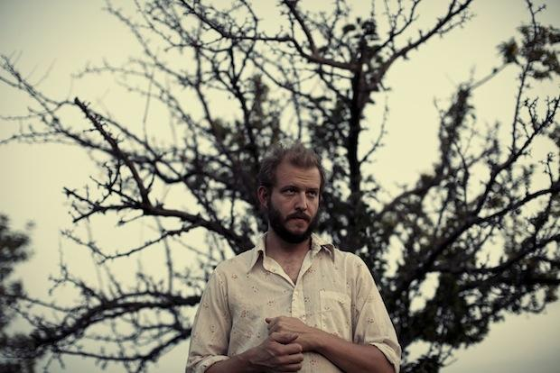 Bon Iver – I Can't Make You Love Me (In-Studio Performance)