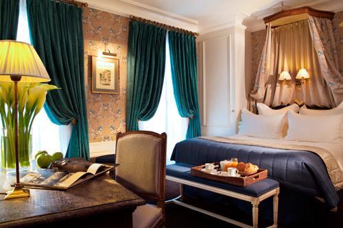 Hotel-de-Buci-Paris-Photo-Christophe-Bielsa-Chambre-de-Maitre-hoosta-magazine-paris