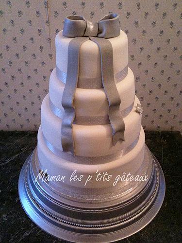 Wedding-cake-noeud-gris