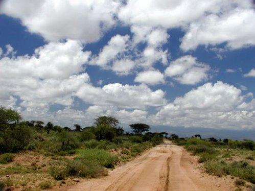 Des hauts murs de béton au mur du marathon: Retour au Kenya