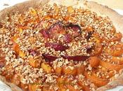 tarte d'abricots prunes rouge pépites nougatine
