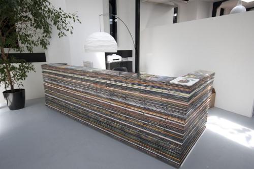 1700 bandes dessin es pour un comptoir d accueil d couvrir. Black Bedroom Furniture Sets. Home Design Ideas