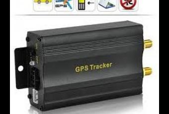 protegez votre voiture avec ce traceur gps gsm avec alarme de mouvement position gps et stop. Black Bedroom Furniture Sets. Home Design Ideas