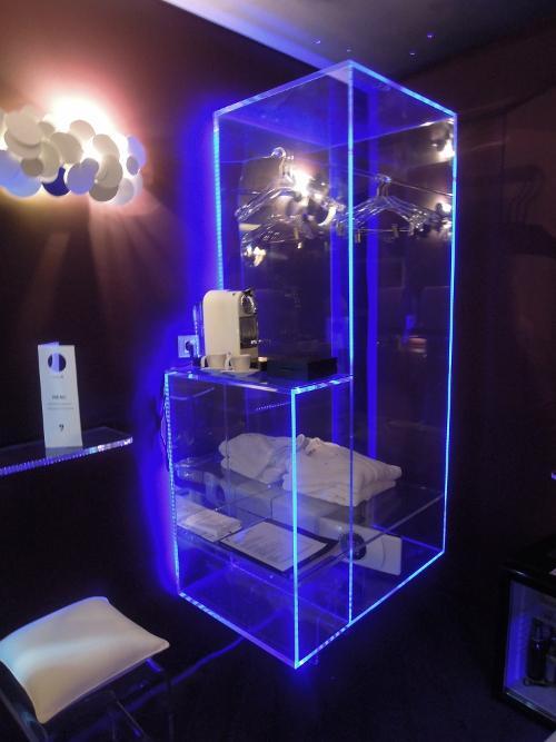 h tels paris le five seven voir. Black Bedroom Furniture Sets. Home Design Ideas