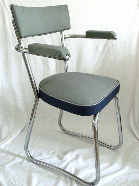 Diy relooker un fauteuil industriel triste paperblog - Relooker un fauteuil ...