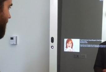 Un miroir interactif au new york times d couvrir for Miroir new york