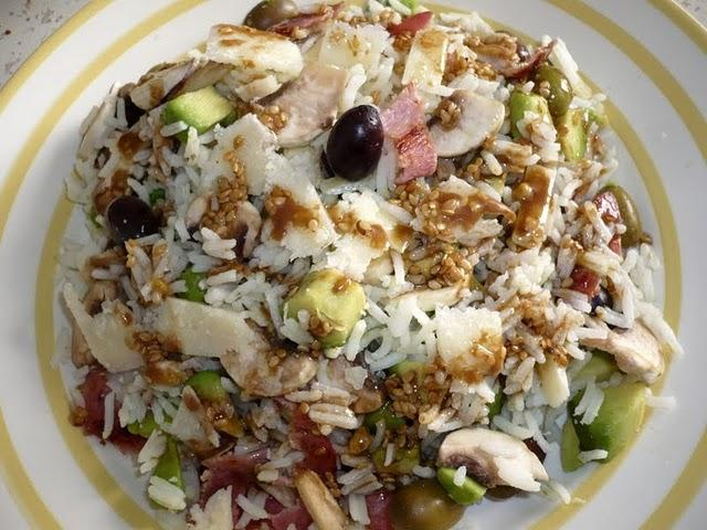 Salade de riz jolie, jolie, jolie... Salade-riz-jolie-jolie-jolie-L-emu8Vj