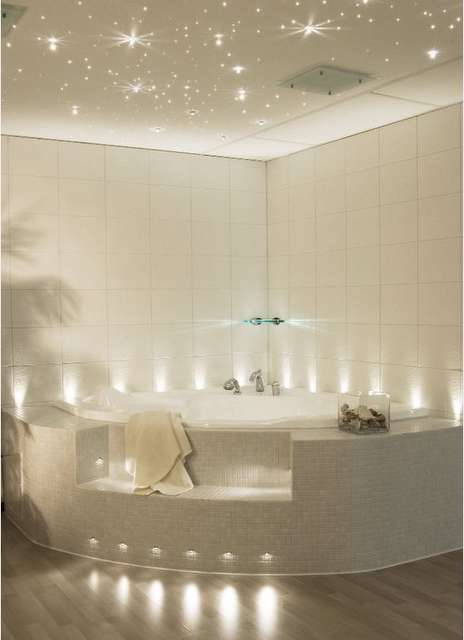 Les plafonds tendus design par zunava lire for Moulure plafond salle de bain