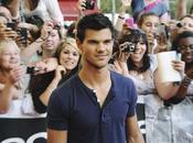 Taylor Lautner Paris!