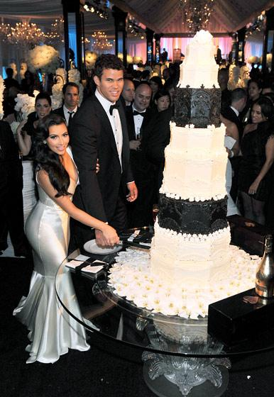 Inspiration Mariage… Les robes de mariée de Kim Kardashian ...