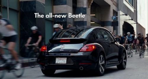 la pub de la nouvelle new beetle 2012 high five de volkswagen d couvrir. Black Bedroom Furniture Sets. Home Design Ideas