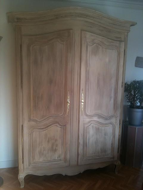 armoire relook e patine par luka deco design voir. Black Bedroom Furniture Sets. Home Design Ideas