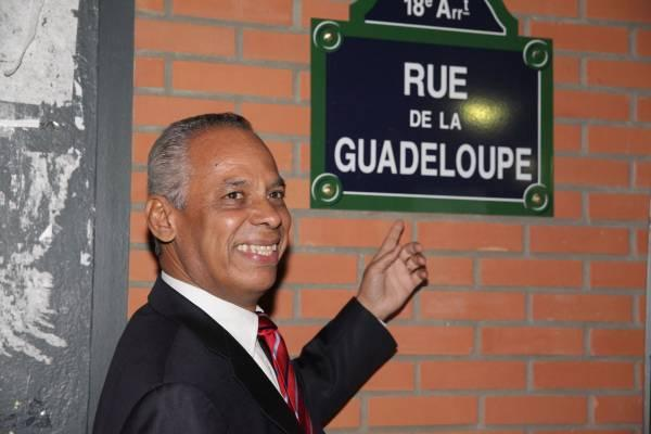 http://media.paperblog.fr/i/495/4957725/victorin-lurel-citoyen-dhonneur-republique-li-L-VF7Gmw.jpeg