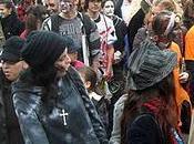 Zombies frais dans rues Montréal