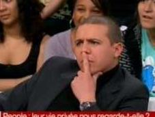 Faudel agressé Omar Harfouch chez Delarue