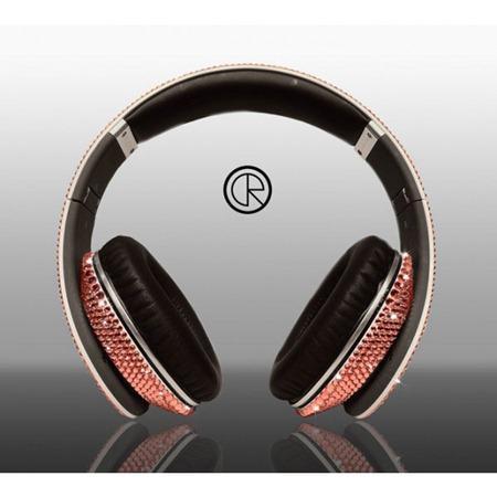 Limited-edition-Dr-Dre-Beats-Studio-Headphones-Swarovski-Light-Rose-4