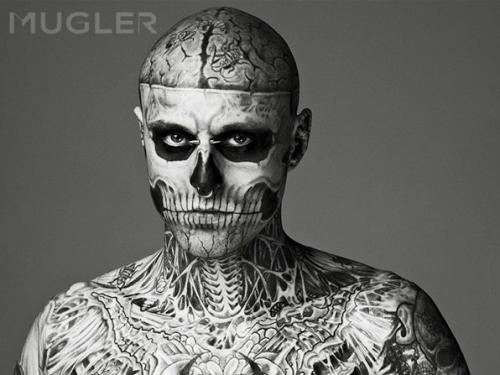 Zombie Boy, l'homme le plus tatoué, fait de la pub - Paperblog
