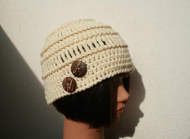2014 - modele gratuit bonnet femme au crochet - crochet facile2013 2014 Bonnet-realise-crochet-avec-2-fils-couleur-ec-L-ILh3xD