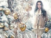 Demi Moore, mère Noël pour marque Américaine Taylor.