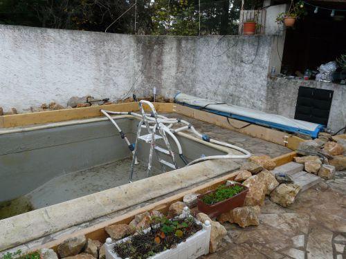 piscine naturelle mise en place des bordures de la zone de lagunage suite voir. Black Bedroom Furniture Sets. Home Design Ideas