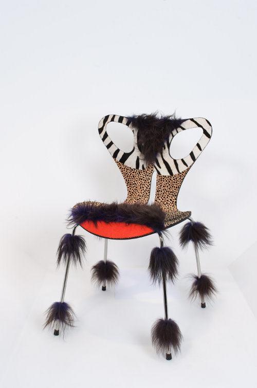 30 chaises d arne jacobsen revisit es paperblog. Black Bedroom Furniture Sets. Home Design Ideas