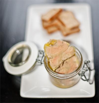 terrine de foie gras de canard mi cuit au four et au bain marie lire. Black Bedroom Furniture Sets. Home Design Ideas