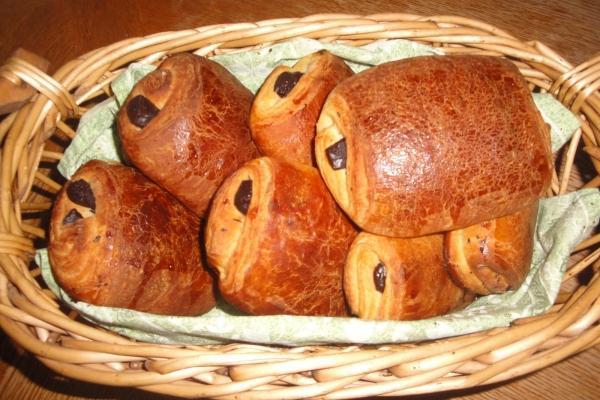 un braqueur de boulangerie s empare de pains au chocolat d couvrir. Black Bedroom Furniture Sets. Home Design Ideas