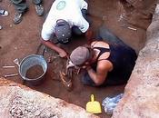 Belize: artéfacts Mayas découverts sous avenue