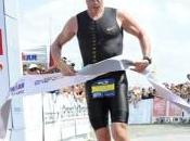 Armstrong vient polluer triathlon