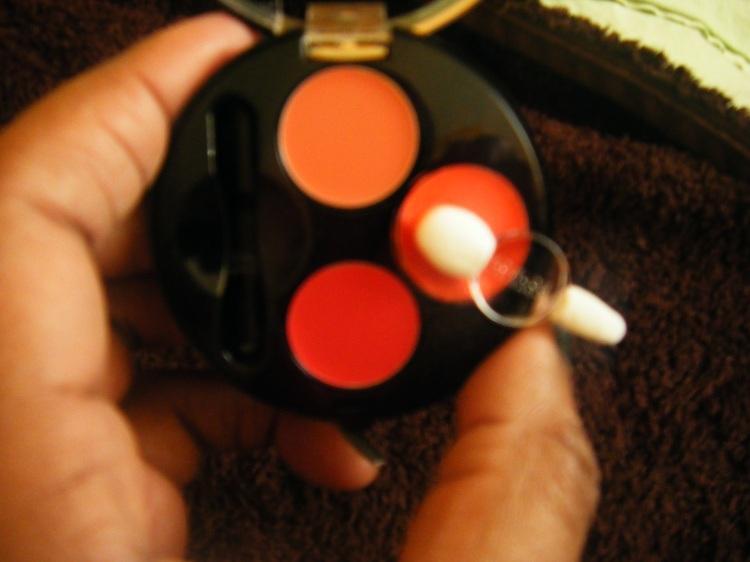 tuto la palette de rouge l vres colorissimo bourjois d couvrir. Black Bedroom Furniture Sets. Home Design Ideas