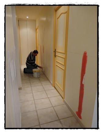 La r novation du couloir 24 f vrier 2012 voir - Peindre une porte en bois deja peinte ...