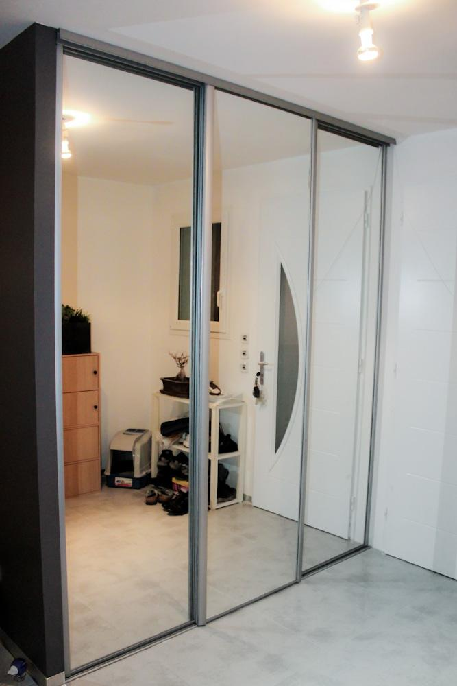 miroir a coller sur porte de placard pas cher. Black Bedroom Furniture Sets. Home Design Ideas