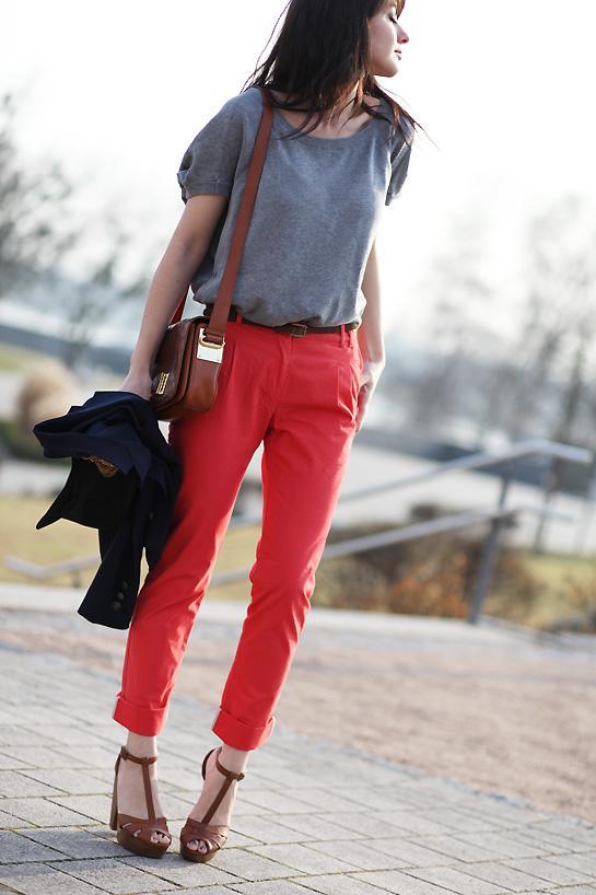 Corail n on lire - Quelle couleur avec pantalon bleu marine ...