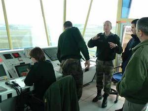 Le métier de contrôleur aérien dans les armées