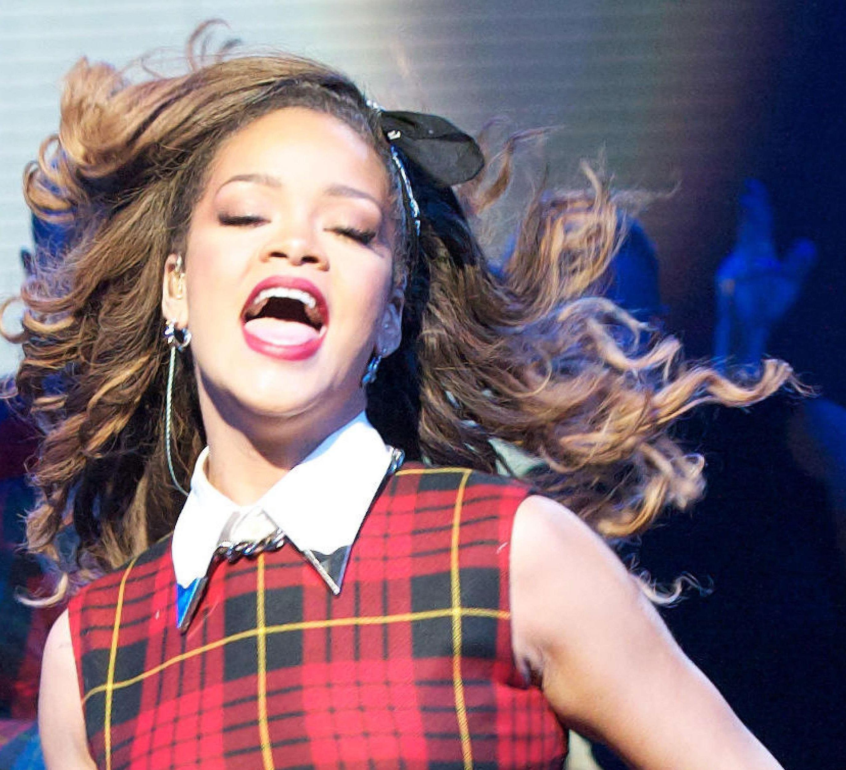 Le bandana à la Rihanna : Hot or Not ?