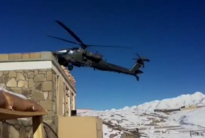 helicoptere-apache-secrase-afghanistan-L