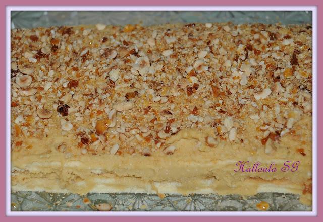 Gâteau sans gluten fourrée de crème au beurre