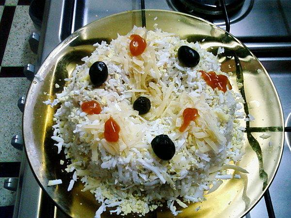 Couronne de riz au thon et aux légumes