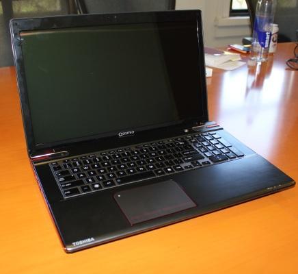 qosmio front Toshiba annonce son Qosmio X875 : Ivy Bridge et vrai faux Kepler