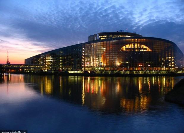 le-parlement-europeen_grande