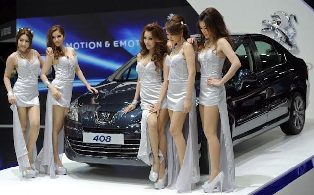 bangkok motor show 2012 peugeot 408 et hotesses de charme hd d couvrir. Black Bedroom Furniture Sets. Home Design Ideas