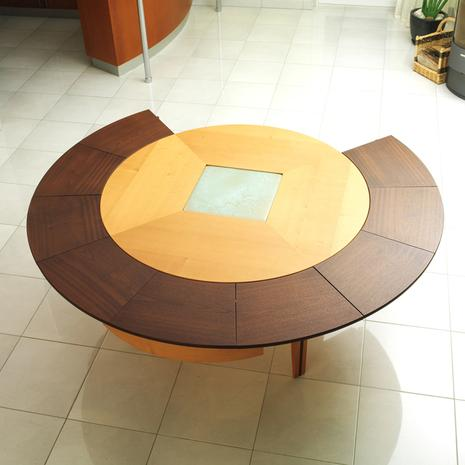 Design house lancement de braun woodline la premi re for Table ronde extensible design