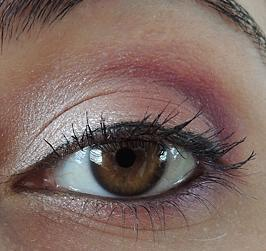 Maquillage Du Jour : Du Rose Saumon Sur Mes Yeux
