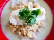 Cabillaud poché, risotto oignons rouges bouillon coco