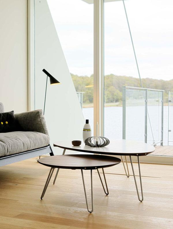 design scandinave la table triangulaire un must paperblog. Black Bedroom Furniture Sets. Home Design Ideas