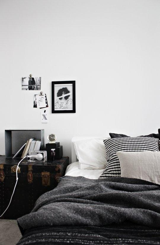 A black & white graphic and geometric mix