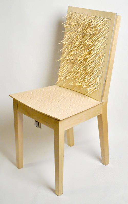 Rebellious Chairs les chaises au pouvoir